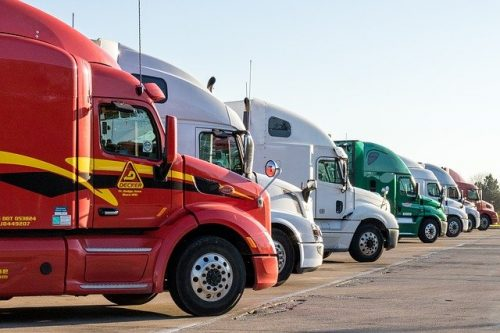 5 Causes of Semi Truck Accidents